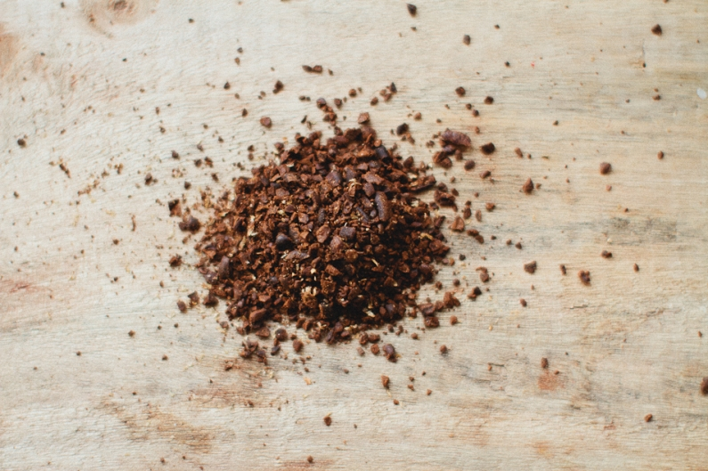 great uses for used coffee grounds, 10 great uses for used coffee grounds, uses for used coffee