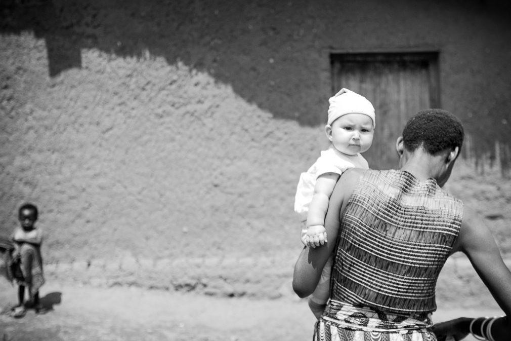 Ari meeting Dorothea, a farmer from Gaharo hill and our friend.